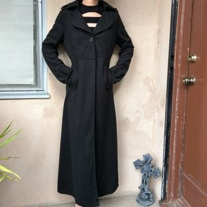 Jackets & Blazers - Long black spring coat